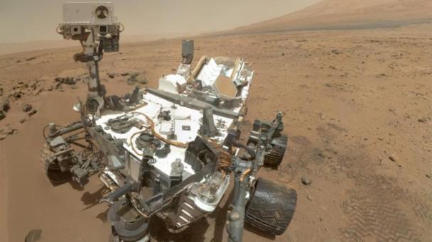 Curiosity-Rover-Mars-640x360